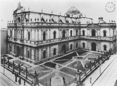 La antigua Biblioteca Nacional de México