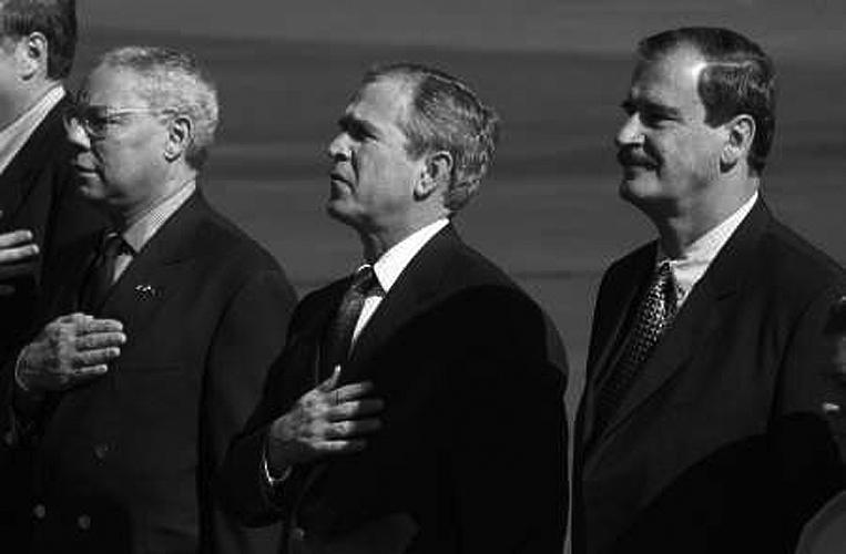 Collin Powell, George W. Bush y Vicente Fox, el 16 de febrero, 2001