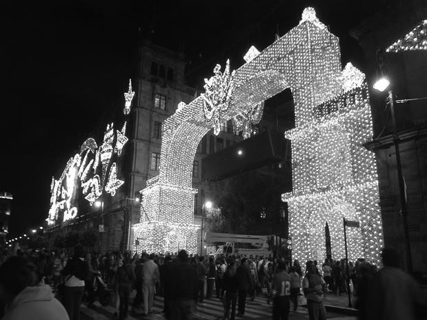 El vicente-nario en la ciudad de México. (Foto: Notimex.)