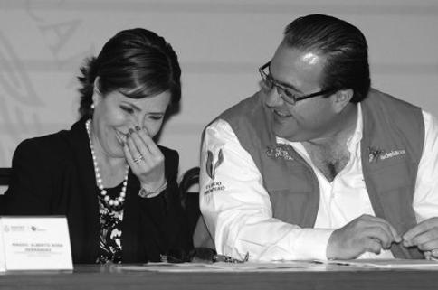 Javier Duarte y Rosario Robles, beneficiarios de la frustración. (Foto: Yahir Ceballos.)