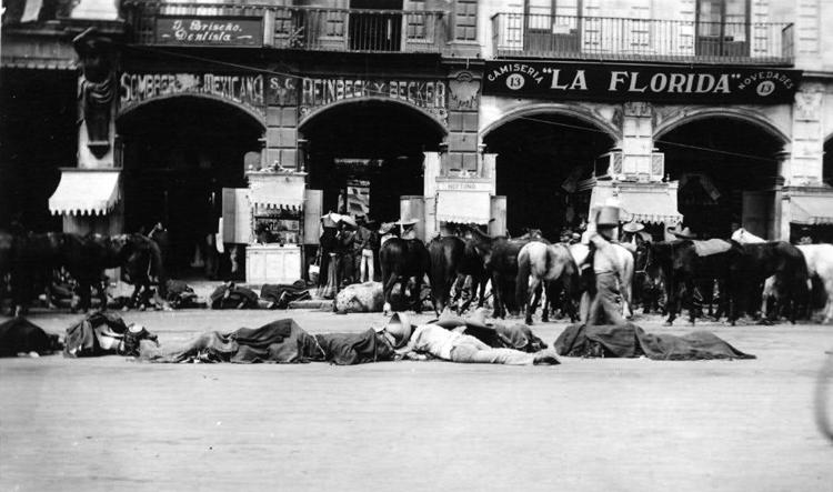 Para honrar a los muertos de la revolución