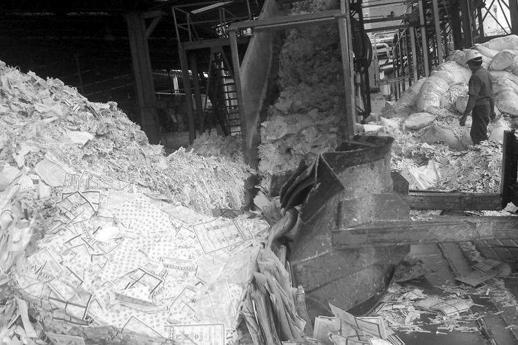 Destrucción de boletas en Oaxaca en 2012.