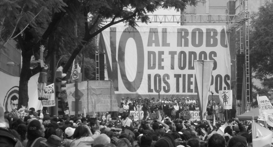 """""""No al robo de todos los tiempos"""" (Foto: Halina Gutiérrez Mariscal)"""
