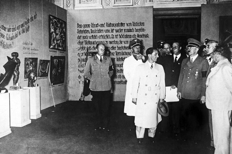 Degeneración artística, 1937.
