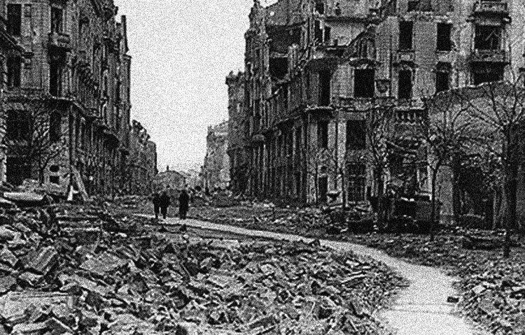 Varsovia al final de la segunda guerra mundial.