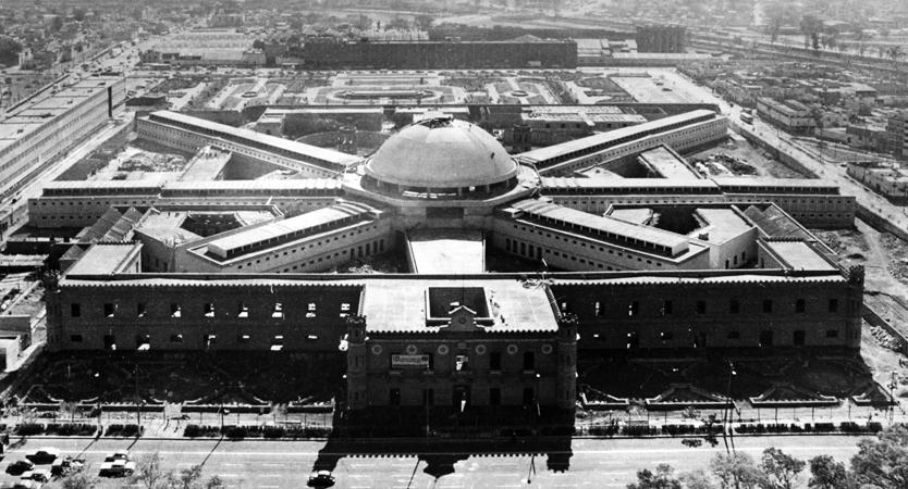 La cárcel de Lecumberri, antes de ser sede del Archivo General de la Nación. (Foto tomada de iekuro.wordpress.com)