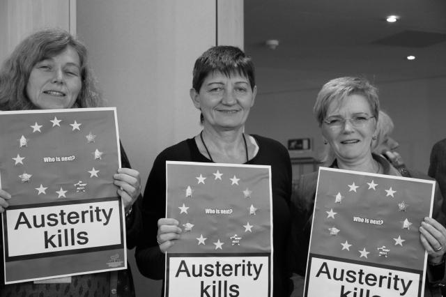 """""""La austeridad mata"""" (Foto: DIE LINKE. In Europa)"""