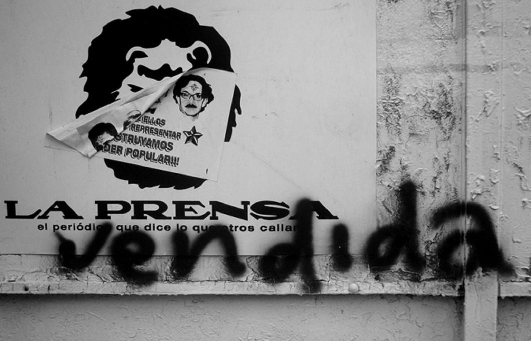 """""""La Prensa Vendida"""" (Fuente: Las Andanzas Descalzas)."""