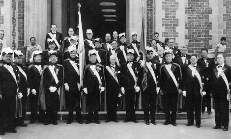 Caballeros de Colón en los años cincuenta.